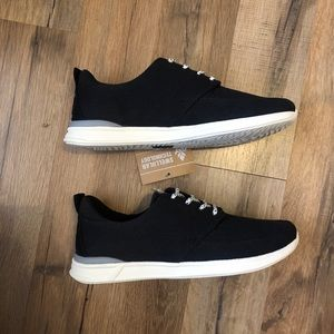 Reef Rover Low sneakers size 7